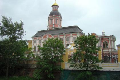 РПЦ захотела от Петербурга здание Музея городской скульптуры