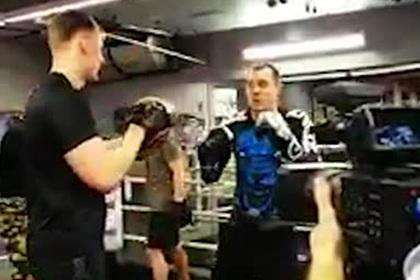 Боец UFC потренировал Дзюбу и оценил его удар