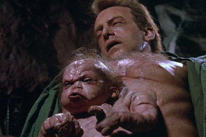Ученый создал детей-мутантов втайне от всех. На него ополчился весь мир