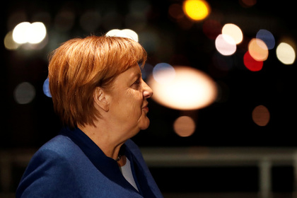 Прилетевшая обычным рейсом Меркель отужинала в обычном ресторане