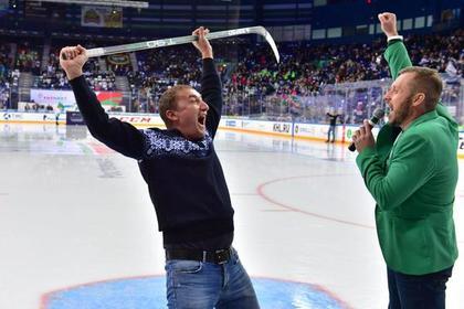 Российский болельщик забил шайбу через все поле и выиграл миллион