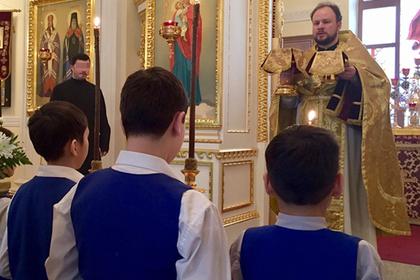 Православный священник годами совращал мальчиков. Они молчали шесть лет