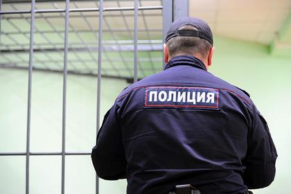 Россиянин с ножом попытался взять штурмом полицейское управление