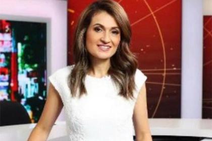 Журналистку выгнали с работы за откровенный наряд