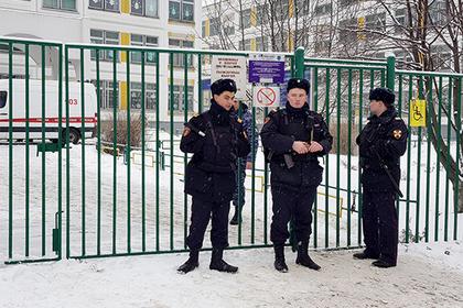 Ученики — о московском школьнике, который попытался покончить с собой в классе
