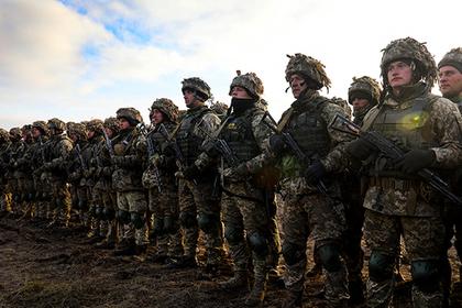 Порошенко перебросил украинских десантников на границу с Россией