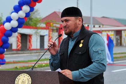 СМИ сообщили об устроившем смертельное ДТП брате Кадырова