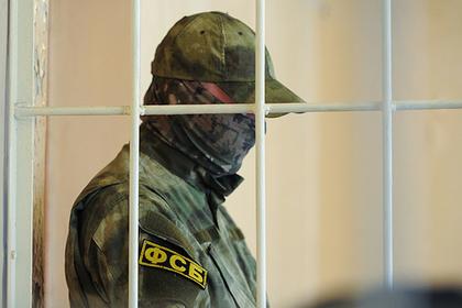Двух высокопоставленных сотрудников полиции задержали за взятку в 14 миллионов