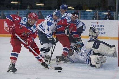 Ветераны хоккея устроили турнир к столетию Тарасова