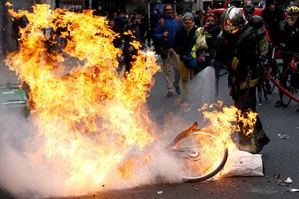 Кремль ответил на обвинения в причастности к беспорядкам во Франции