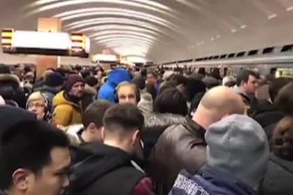 Пассажиры сняли давку в столичной подземке