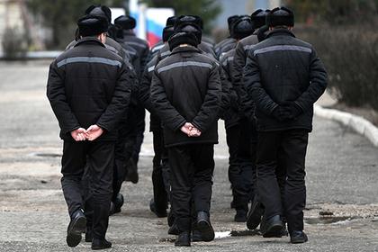 Путин обратил внимание на переполненность тюрем в России