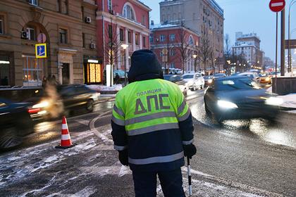 Россиянам разрешат ездить на машинах без документов