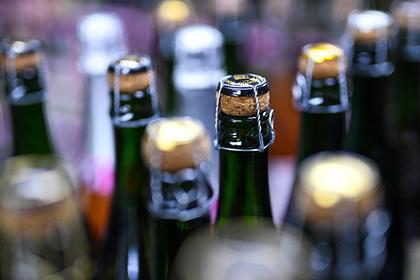 Шампанское в России подорожает на четверть