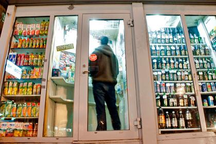 Молодых россиян решили оставить без крепкого алкоголя