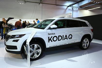 Владельцы Skoda смогут бесплатно парковаться в московских ТЦ во время праздников