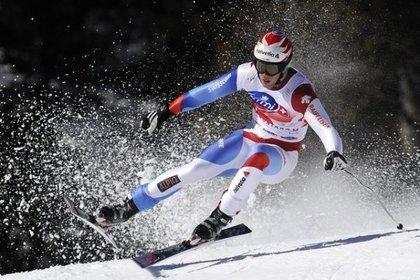 Падение горнолыжника на полной скорости попало на видео