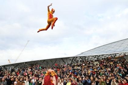 Путин пообещал поразбираться с Cirque du Soleil в Сколково