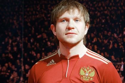Бывшего футболиста сборной России встретили похожим на бомжа