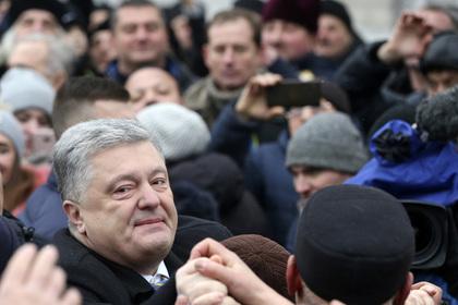 Родственники Порошенко поддержали присоединение Крыма к России