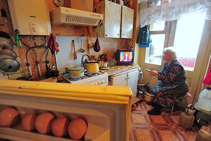 Бедным россиянам помогут отказаться от традиционного телевидения
