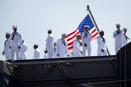 Американских моряков перестанут сажать в карцер на хлеб и воду