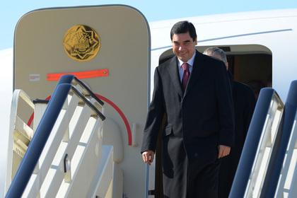 Самолеты президента Туркмении спрятали