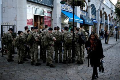 Чернокожий солдат замерз и решил засудить британскую армию