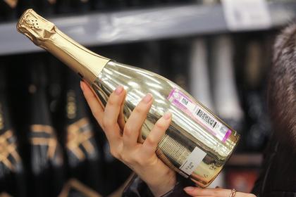 Назван самый популярный новогодний алкоголь