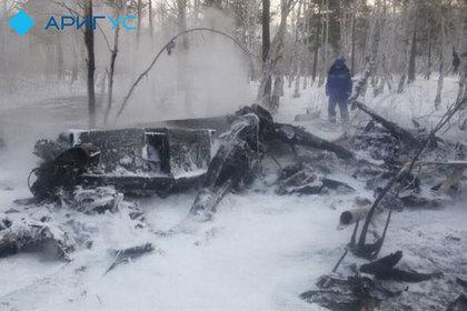Вертолет рухнул на базу отдыха в Бурятии