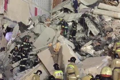 Тела троих погибших обнаружены под завалами в Магнитогорске