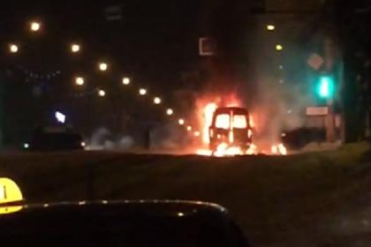 В Магнитогорске на улице с обрушившимся подъездом прогремел второй взрыв
