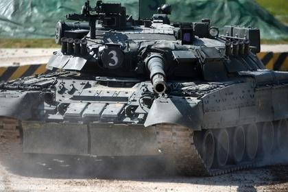 Поставленные Россией Т-90С заметили во Вьетнаме