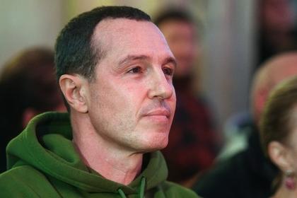 Игорь Верник на джипе прокатился по пешеходной улице в Москве