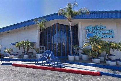 В пригороде Лос-Анджелеса расстреляли посетителей боулинг-клуба
