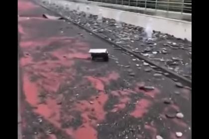 Разрушенная штормом набережная в Олимпийском парке Сочи попала на видео