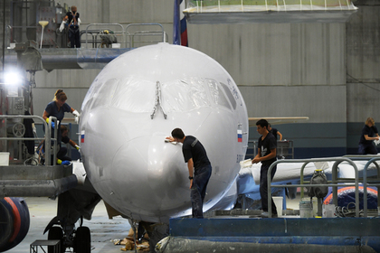 США отказались пропускать российские самолеты Sukhoi Superjet 100 в Иран