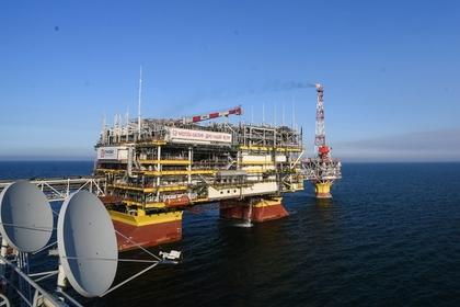 Нефть взлетела благодаря США и Китаю