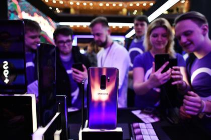 Samsung подняла цены в России вслед за Apple