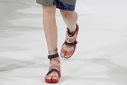 Уродливым «туфлям-копытам» предрекли возвращение в моду