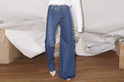 Украинка задала тренд на нелепые джинсы