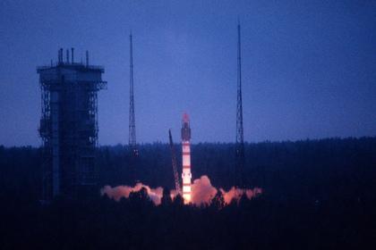 Российский спутник предупреждения о ракетном нападении сгорел в атмосфере