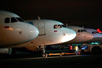 Сбербанк и ВТБ захотели собственную авиакомпанию