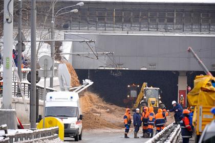 Прорыв дамбы в Москве ликвидируют раньше срока