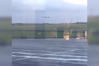 Пилот попал в шторм и провалил попытку посадить самолет с первого раза