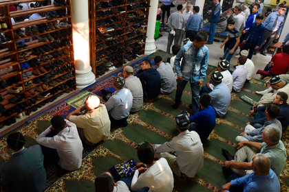 Таджиков благословили на борьбу с импотенцией
