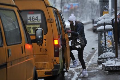 Водителя маршрутки выдворили из России за обучение у террористов