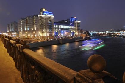 Иностранец снял квартиру около Кремля и лишился полутора миллионов рублей