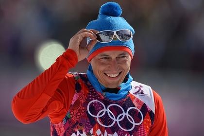 МОК снова попытался лишить российского лыжника золота и разочаровался