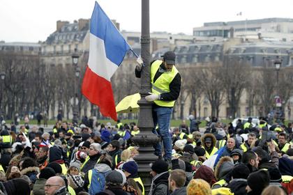 Протестующие французы прорвались в тюрьму